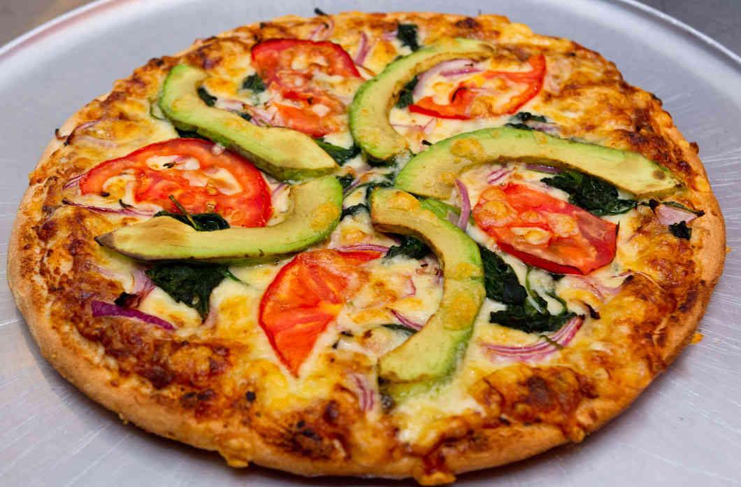 guacamole-shemesh_vegetarian_pizza_6