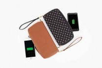 power-wallet-phone-charger-2be3_600.0000001412624053_5