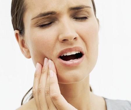 દાંતમાં સતત રહે છે દુખાવો? તો આ રહ્યાં તેના કુદરતી ઉપચારો - Jan