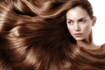 વાળને ધોતી વખતે અને વાળ ધોયા બાદ કરો આટલું, ક્યારેય નહીં ખરે વાળ