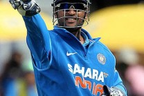 """Rayudu just stay awake, constantly talking on the field is how Dhoni"