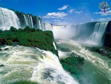 વિક્ટોરિયા વોટરફોલ, જ્યાં એક મિનિટમાં પડે છે 55 કરોડ લિટર પાણી, જુઓ Pics