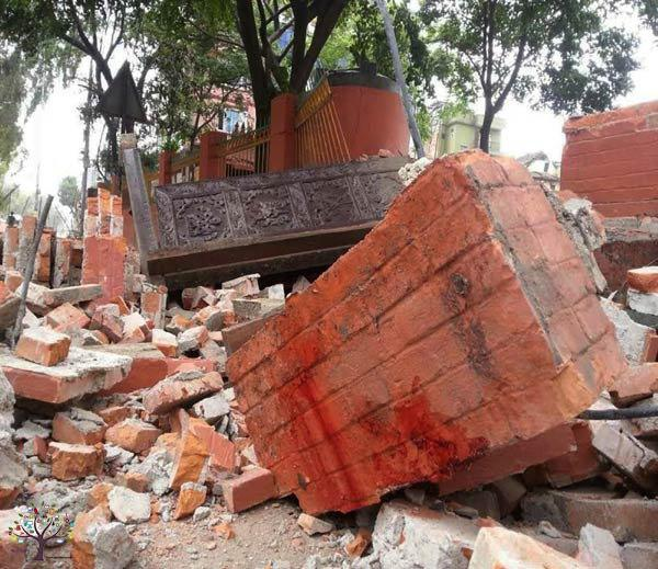 Ahmedabad and came to Nepal earthquake shocks, watch LIVE Picks