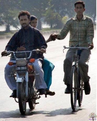આ છે સર-જમીને-હાસ્યસ્તાનની ફન્ની તસવીરો, It Happens Only In Pakistan!