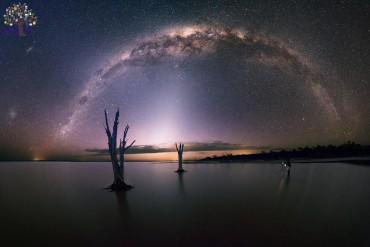 ફોટોગ્રાફરોએ રાત્રે લીધી આકાશની આવી અદભુત તસવીરો, જુઓ Pics