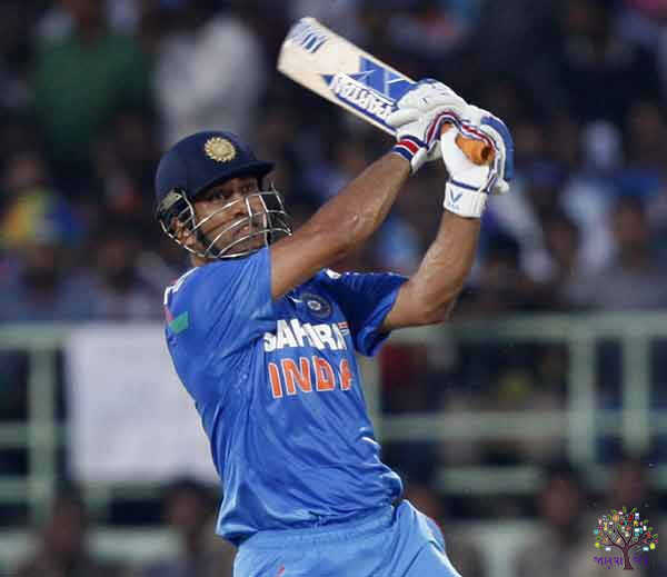 Dhoni winning shot number one, know how many met the cricketers vote