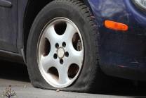 કાળઝાળ ગરમી અને પંચરની પનોતી : ગાડીઓ પણ ગરમીની અડફેટે