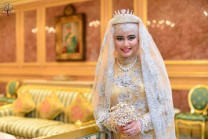 This is the Muslim World 6 princess, is their inexhaustible wealth