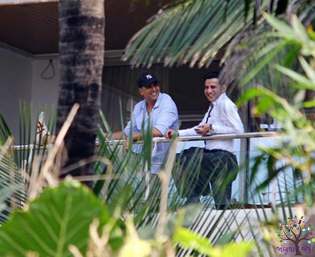 The Bollywood stars are House , notabene Detailed Address