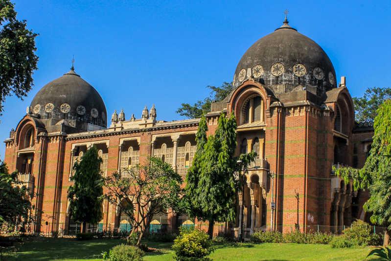 4. The new university will be near Vadodara in Gujarat