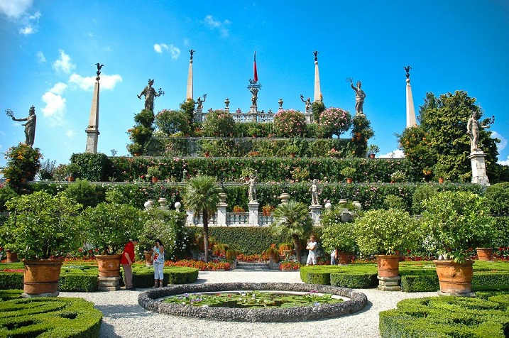 beautiful and-famous gardens of india