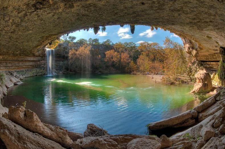 top 10 underground amazing lakes in the world   Janvajevu.com