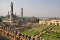 top 10 places to visit in uttar pradesh