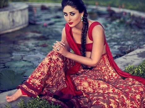 Kareena Kapoor Wears 32 Kg Ghagra! in janvajevu.com