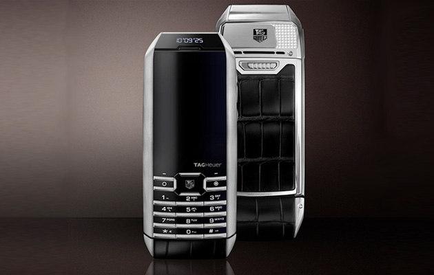 tag-heuer-solar-powered-phone-1