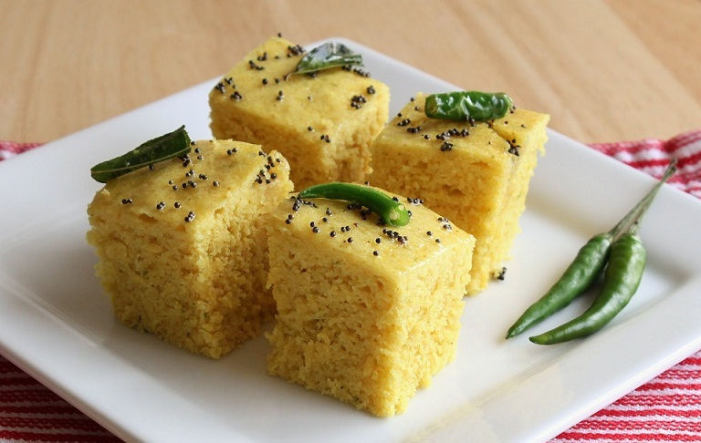 Instant Gujarati Khaman Dhokla