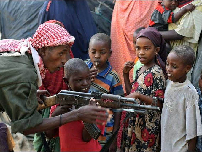 Somali-war-kids_