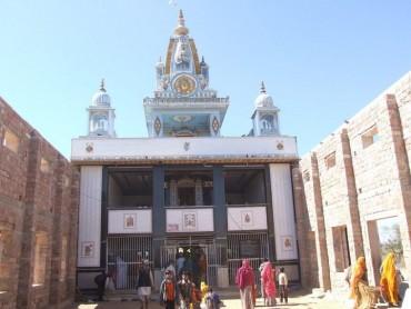 આ રહ્યું વિશ્વનું એકમાત્ર મંદિર જ્યાં થાય છે લકવાનો ઈલાજ