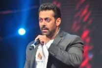 Salman-Khan-AIBA-Award-hf-wallpapers