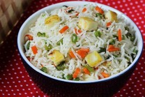 paneer-fried-rice-recipe-swasthi