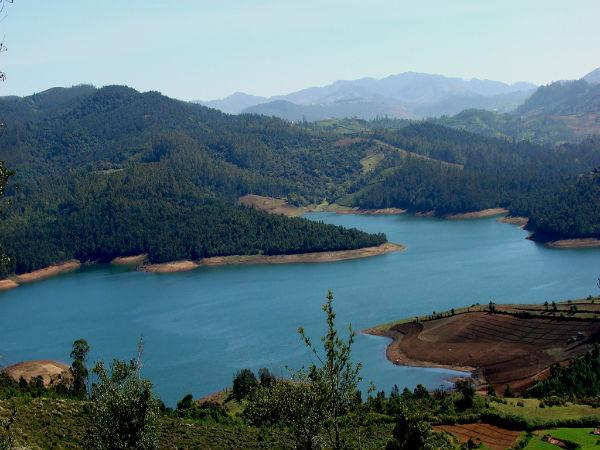 20-1426834981-emerald-lake-nilgiris