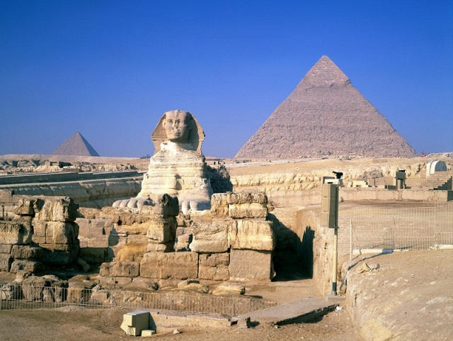 1068735295_The-Mysterious-Pyramids-Great-Sphinx-Giza-Egypt-1-1600x1200