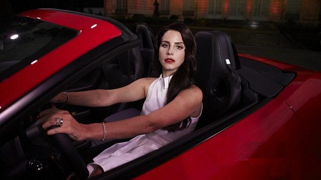 Lana-Del-Rey-new-music-video-Burning-Desire-for-Jaguar-F-TYPE-2