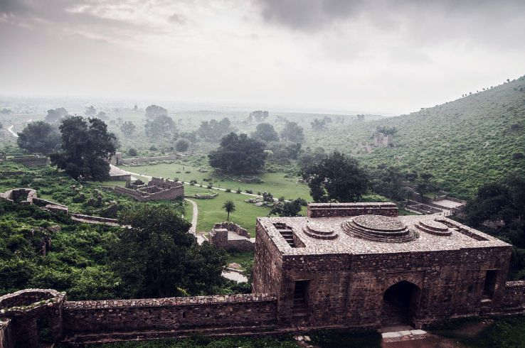 bhangarh-fort-