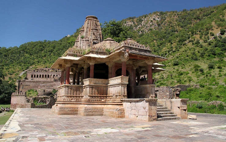 intact-gopinath-temple-bhangarh