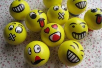 emoji-faces-squeeze-stress-ball-hand-wrist (1)