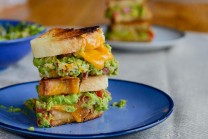 Grilled Guacamole Cheese Sandwich | Janvajevu.com