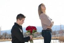 જયારે કોઈ છોકરીને propose કરે ત્યારે તેને આવા સવાલો ઉદ્ભવે!