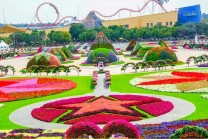 the most beautiful and biggest natural flower garden in the world dubai miracle garden