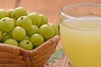 31-Amazing-Benefits-Of-Amla-Juice-For-Skin-Hair-And-Health