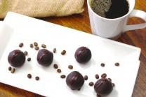 Coffee-Chocolate-Truffles-e1459050889248