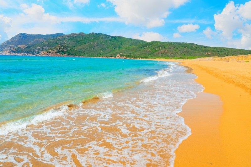 4.-Porto-Ferro-Beach