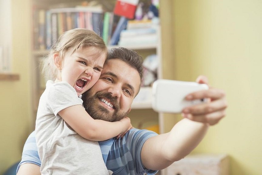 dads_guide_raising_daughters