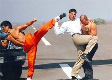 જોરથી હસી પડશો જયારે સાઉથ ઇન્ડિયન ફિલ્મનો આ સીન જોશો.