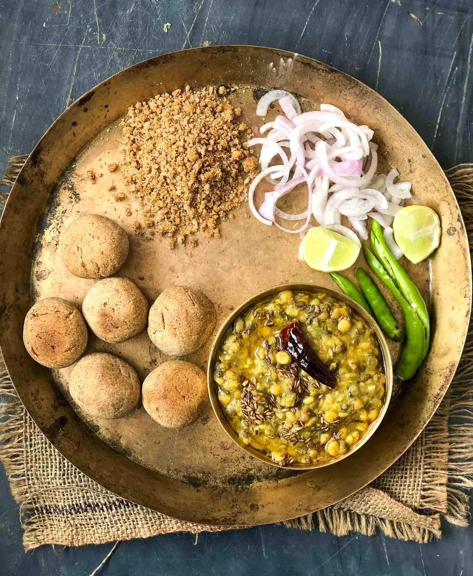 Rajasthani_Dal_Bati_Churma_Recipe-5_1600