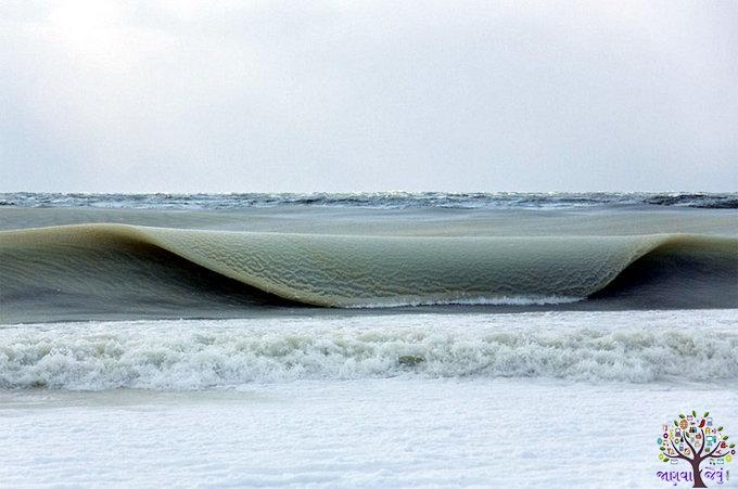 અમેરિકામાં એટલી ઠંડી પડી કે થીજી ગયા સમુદ્રનાં મોજાં, જુઓ તસવીરો