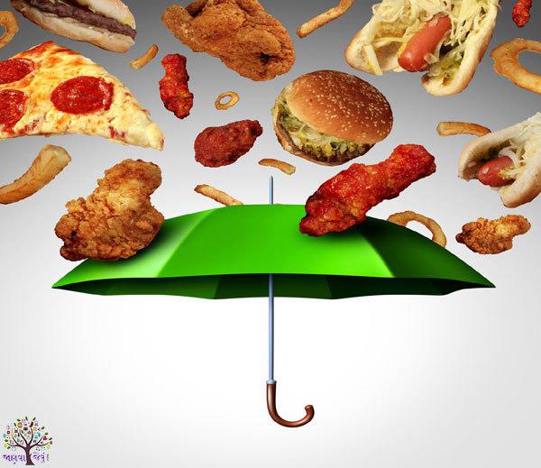ચોમાસામાં આ 7 ખોરાકથી લેવાથી તમારું સ્વાસ્થ્ય જોખમાઈ શકે છે