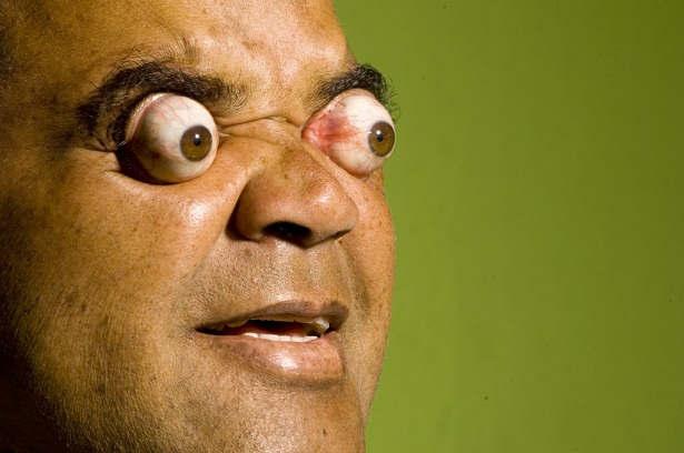 આ વ્યક્તિએ આંખોને એવી રીતે ફેરવી કે ગિનીઝ બુકમાં નામ શામેલ થયું