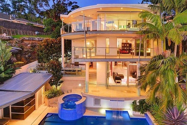 Indian cricketers with the most luxurious homes | janvajevu.com