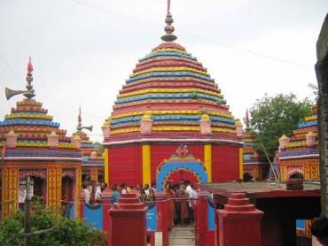 આ મંદિરમાં 'પથ્થર' બાંધવાથી થાય છે દર્શનાર્થી ની મન્નત પૂરી!