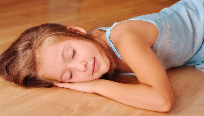 જાણો, જમીન પર સુવાના ૫ર ફાયદાઓ