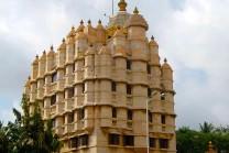 મહારાષ્ટ્રનું સૌથી ઘનિક મંદિર છે શ્રી સિદ્ધિવિનાયક મંદિર