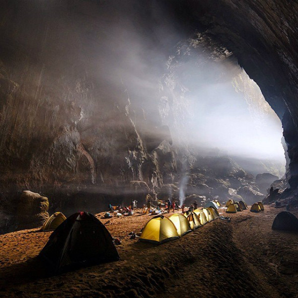 ચીનમાં છે સંસારની સૌથી મોટી ગુફા, જ્યાં વસે છે એક અલગ જ દુનિયા