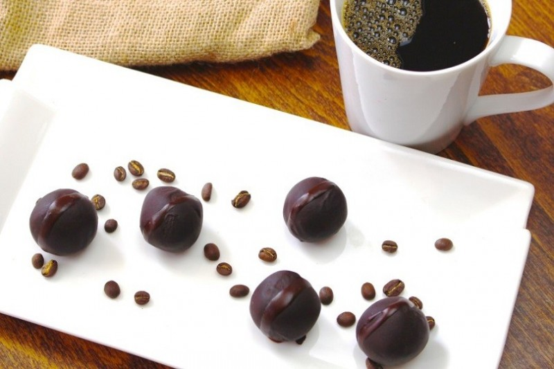 ઘરે બનાવો ચોકલેટની ડિફરન્ટ આઈટમ 'કોફી ચોકલેટ'
