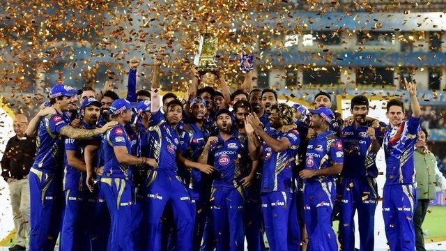 Ipl 2017 final: ત્રીજી વાર ચેમ્પિયન બની ટીમ 'મુંબઈ ઇન્ડીયન'
